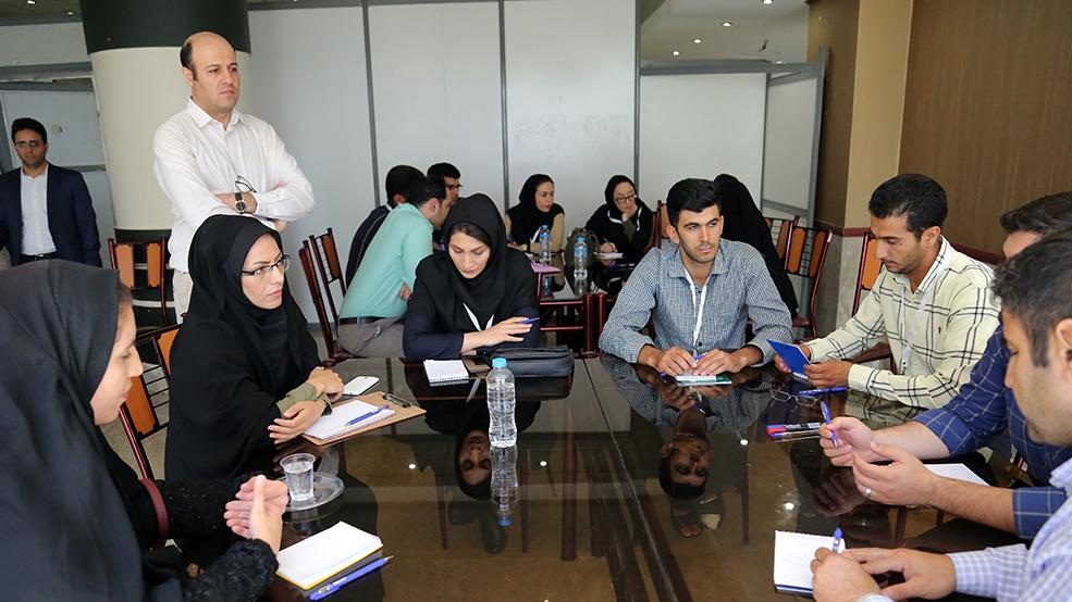 گزارش تصویری دومین دورهی آموزش تسهیلگران اقتصادی- اجتماعی بنیاد برکتِ ستاد اجرایی فرمان حضرت امام(ره)