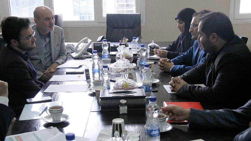گزارش تصویری نشست نمایندهی مردم نیشابور و فیروزه با مدیرعامل بنیاد برکت