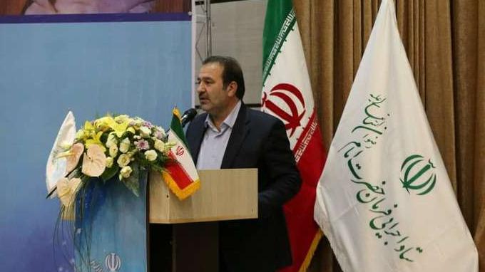 محافظ فارس یعبر عن شكره للمساعدات التي قدمتها لجنة تنفیذ أمر سماحة الامام (ره) الی المنكوبین بافیضانات في شیراز