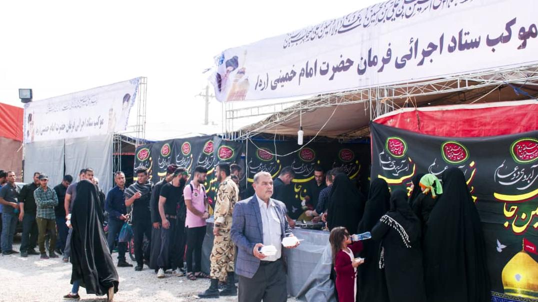 گزارش تصویری از خدماترسانی ستاد اجرایی فرمان حضرت امام(ره) در مراسم اربعین (قسمت دوم: خدماترسانی به زائران اربعین حسینی)