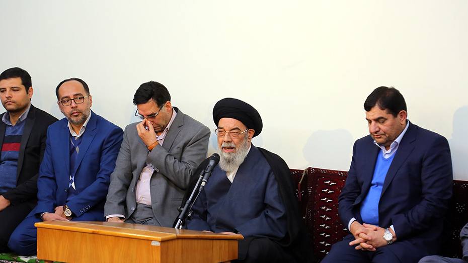 گزارش تصویری دیدار رییس ستاد اجرایی فرمان حضرت امام(ره) با نمایندهی محترم ولی فقیه در استان اصفهان