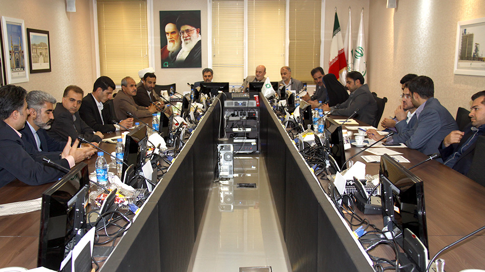 گزارش تصویری نشست مسئولان شهرستان تیران و کرون با مسئولان بنیاد برکت
