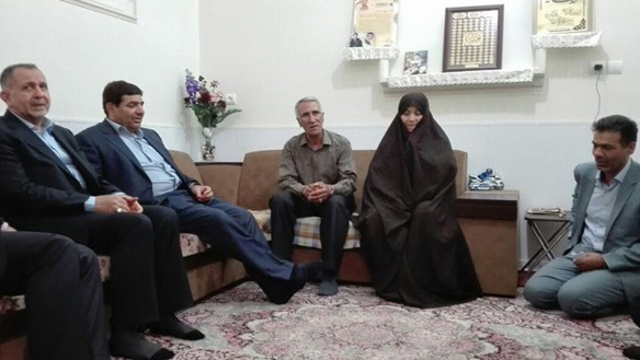 President of EIKO Paid a Visit to Families of Martyrs Amir-Hasani and Najafi