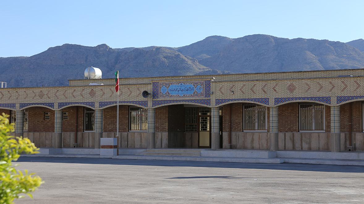 اجرای 120 پروژهی آموزشی در فارس با مشارکت بنیاد برکت