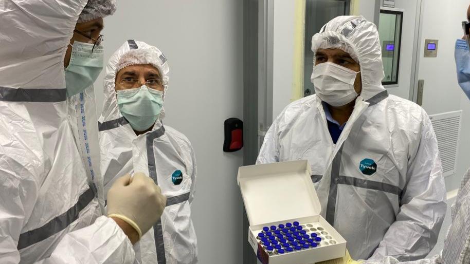 آمادگی ستاد اجرایی فرمان امام برای تولید ماهیانه 1.5 میلیون دوز واکسن کرونا از 40 روز دیگر