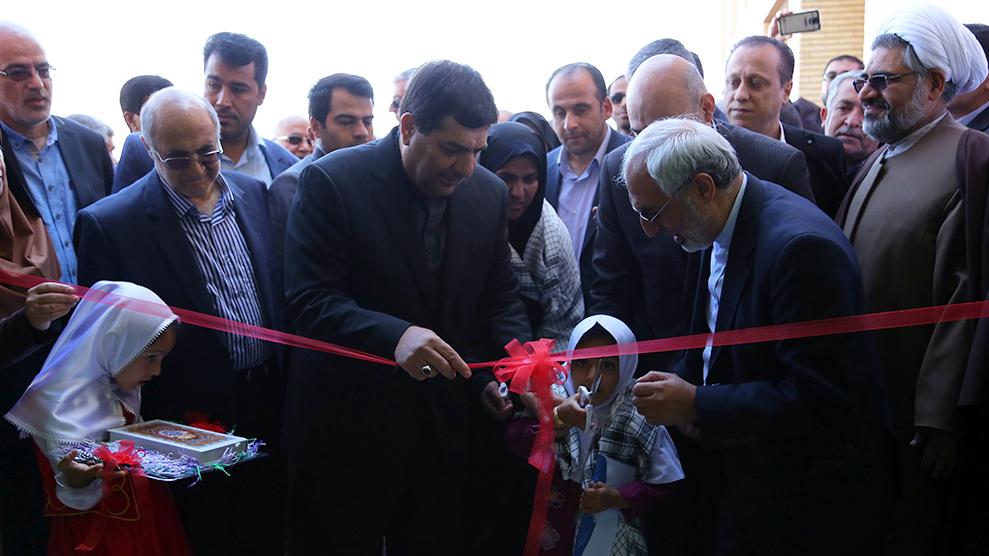 مدرسهی ۶ کلاسهی برکت شهید لنگریزاده در کرمان افتتاح شد