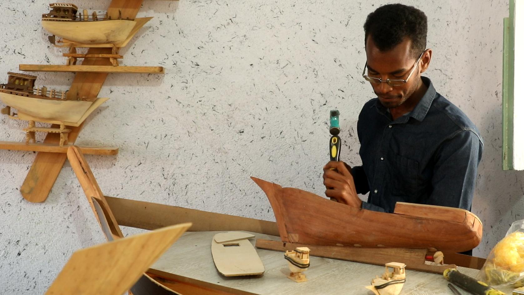 تنعم جزیرة هرمز بالبركة مع اقتصاد الشعبي