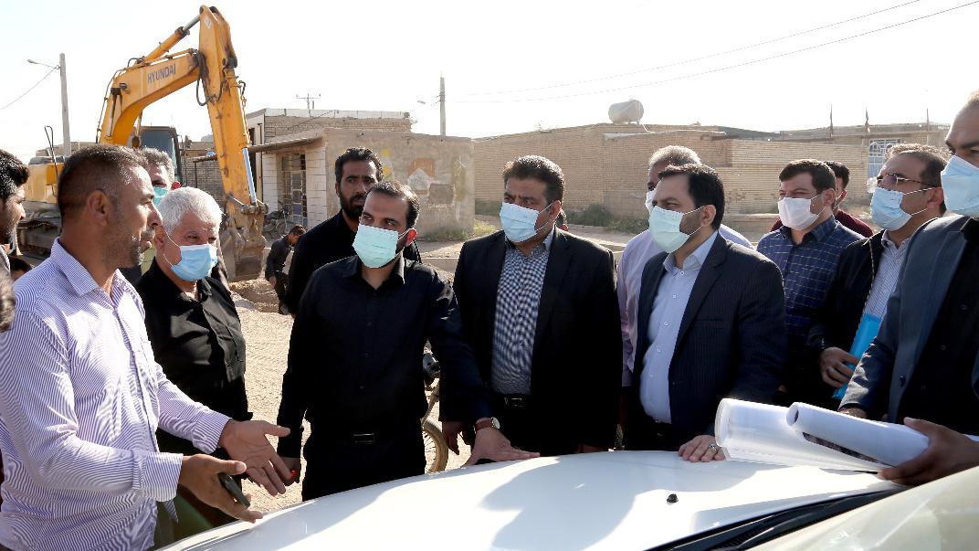 بازدید مدیرعامل بنیاد برکت از پروژههای آبرسانی در روستاهای اهواز؛ ۴۰۰ کیلومتر لولهکشی برای آبرسانی به ۷۰۲ روستای کمآب خوزستان