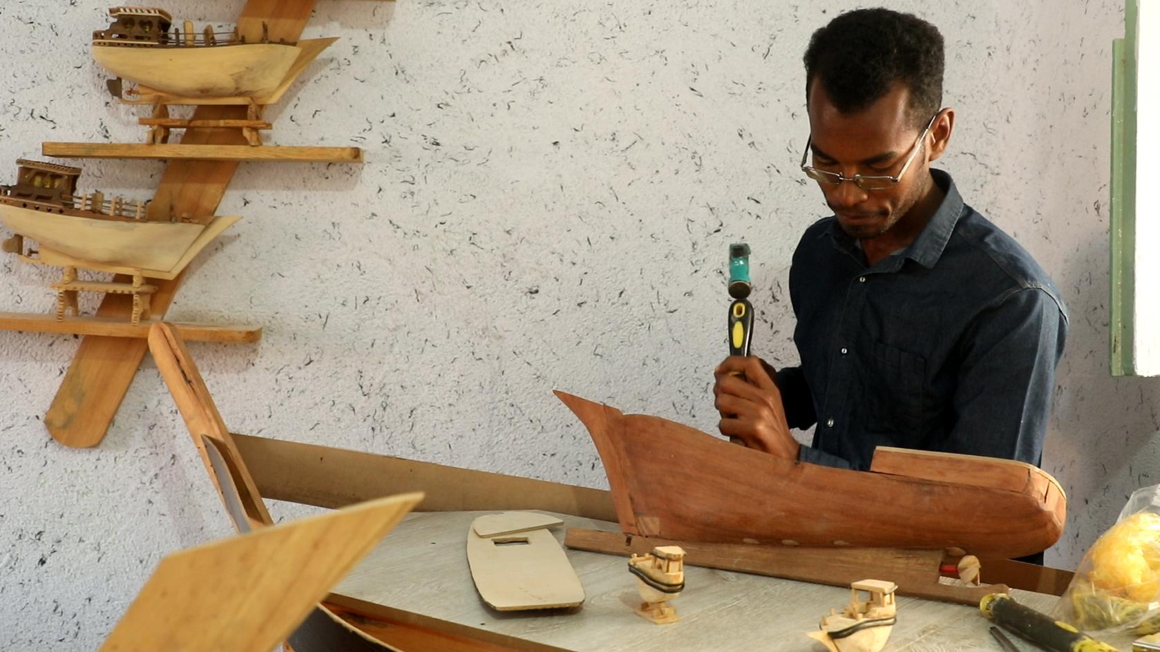 «برکت» جزیرهی هرمز با اقتصاد مردمی