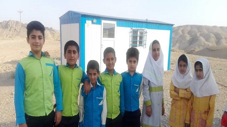 مدارس چادری عشایر گتوند به همت بنیاد برکت برچیده شد