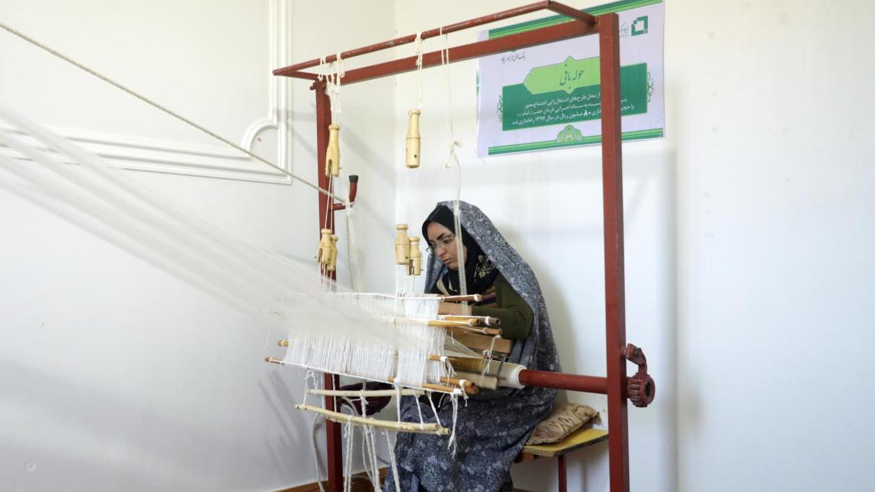 در قالب قراردادی با استانداری خراسان جنوبی؛ بنیاد برکت 2800 شغل در نهبندان ایجاد میکند