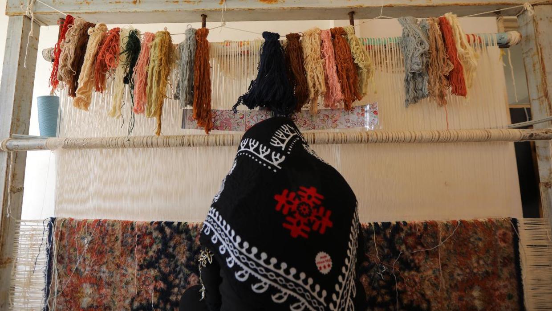 مؤسسة البركة تقوم بافتتاح 300 مشروع لتوفیر الاعمال في منطقة تكاب