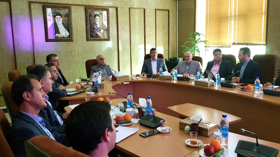 وزیر امور اقتصاد و دارایی تأکید کرد: بهکارگیری روشهای اشتغالزایی بنیاد برکت در دستگاههای اجرایی